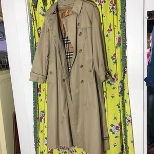 Burberry Wool Lined Trench Size 6 Petite